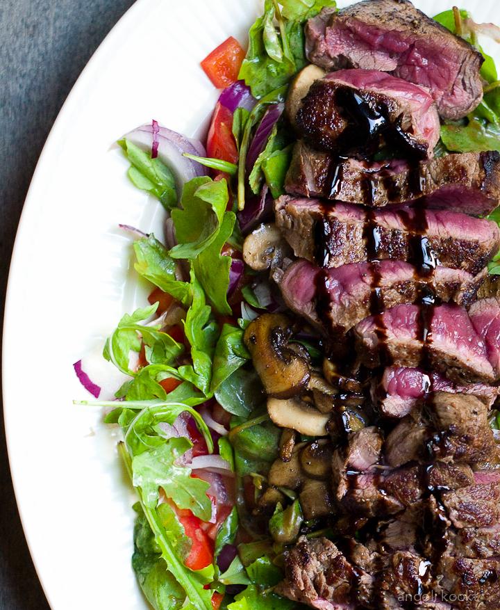 salade bij biefstuk