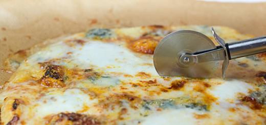 Pizza quatre formaggi