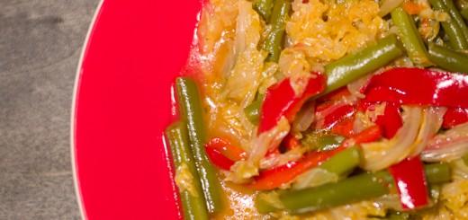 Sajoer bij Indonesische rijsttafel