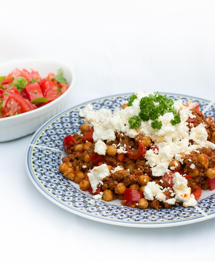 Kikkererwten met gehakt en tomatensalsa